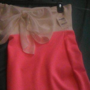 Hot pink Charlotte risse dres
